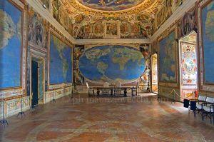 Sala del Mappamondo o delle carte geografice