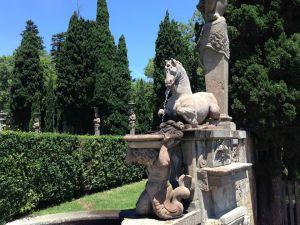 Giardini e sculture del Palazzo Farnese