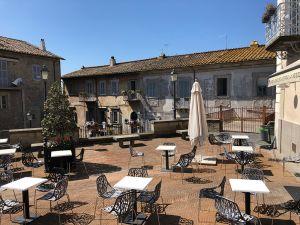 Leggi tutto: Angoli caratteristici, Bar La Rocca a Caprarola
