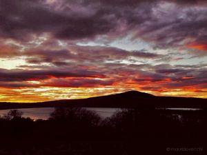 b_300_300_16777215_00_images_lagodivico_lago-di-vico-tramonto.jpg