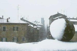 Leggi tutto: Caprarola isolata da 30 centimetri di neve