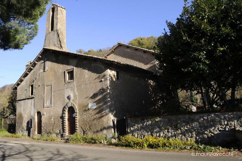 b_800_600_16777215_00_images_monumenti_chiesa-santa-lucia.jpg