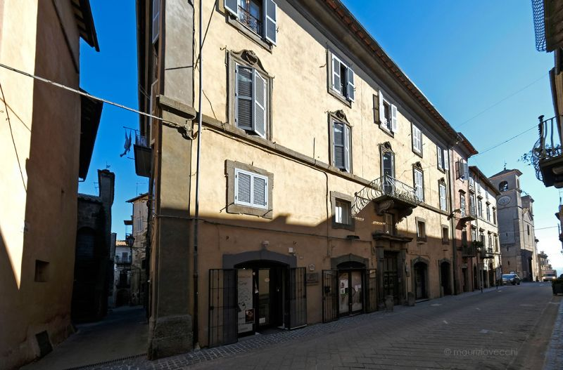 b_800_600_16777215_00_images_monumenti_palazzo-sebastiani-facciata-princ.jpg