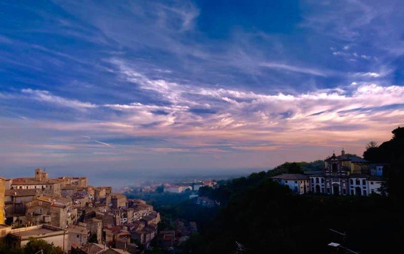 b_800_600_16777215_00_images_panorami_caprarola-novembre.jpg